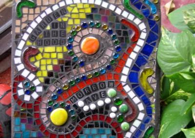 Mosaic-Garden-Swirl